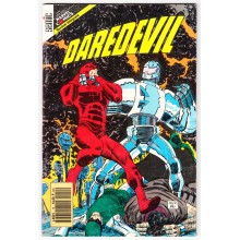 DAREDEVIL (Semic) N°12
